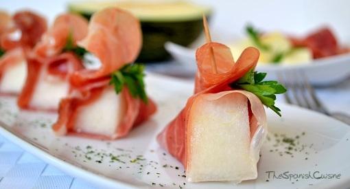 Melon Salad With Spanish Serrano Ham Recipe Spanish Food Recipes