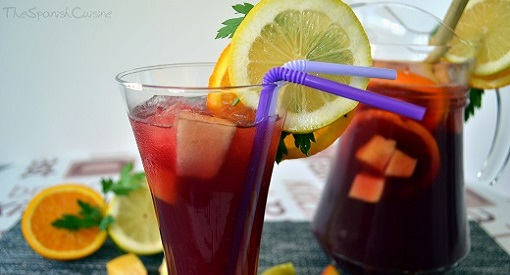 Homemade Spanish Sangria recipe, get this easy recipe for Sangria!
