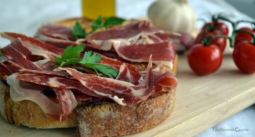 Tomato bread recipe with Spanish Serrano ham, a popular and easy Spanish Tapas recipe