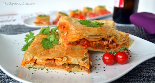 Spanish tuna empanada recipe, an easy and yummy tapas recipe.