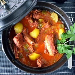 Pork spare ribs stew recipe, an easy to cook braised pork dish from Spain
