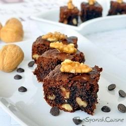 Receta de brownie de chocolate casero, receta muy fácil y rápida de brownie con nueces