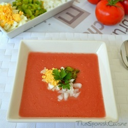 Gazpacho recipe, a yummy Spanish tomato soup recipe for summer and served cold