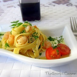 Pasta recipe with shrimps, garlic and olive oil. Spanish food pasta recipes