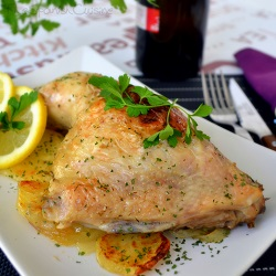 Roast chicken with potatoes. Juicy and easy chicken recipes!