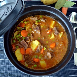 Beef stew recipe from Spain, an easy to cook and yummy braised meat dish