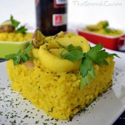 Receta de arroz con calamares y almejas, un plato tradicional y fácil de la cocina española