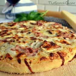 Pizza Trufada Casera con Champiñones