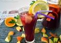 Receta de sangría de frutas casera con fruta fresca y vino tinto muy fácil de preparar