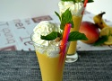 Mango and banana smoothie recipe, a healthy and easy recipe for summer!