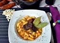 Receta de fabada asturiana, un delicioso plato de fabes de la Granja con chorizo
